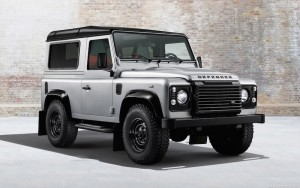Land-Rover-Defender-90-Black-Pack-2014-1280x800-003